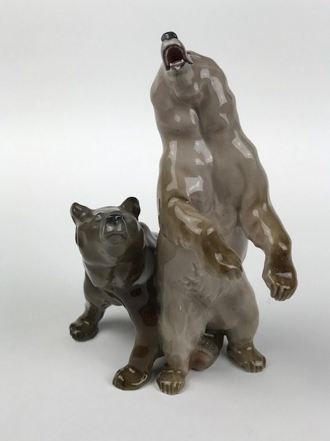 Meissen figural bears